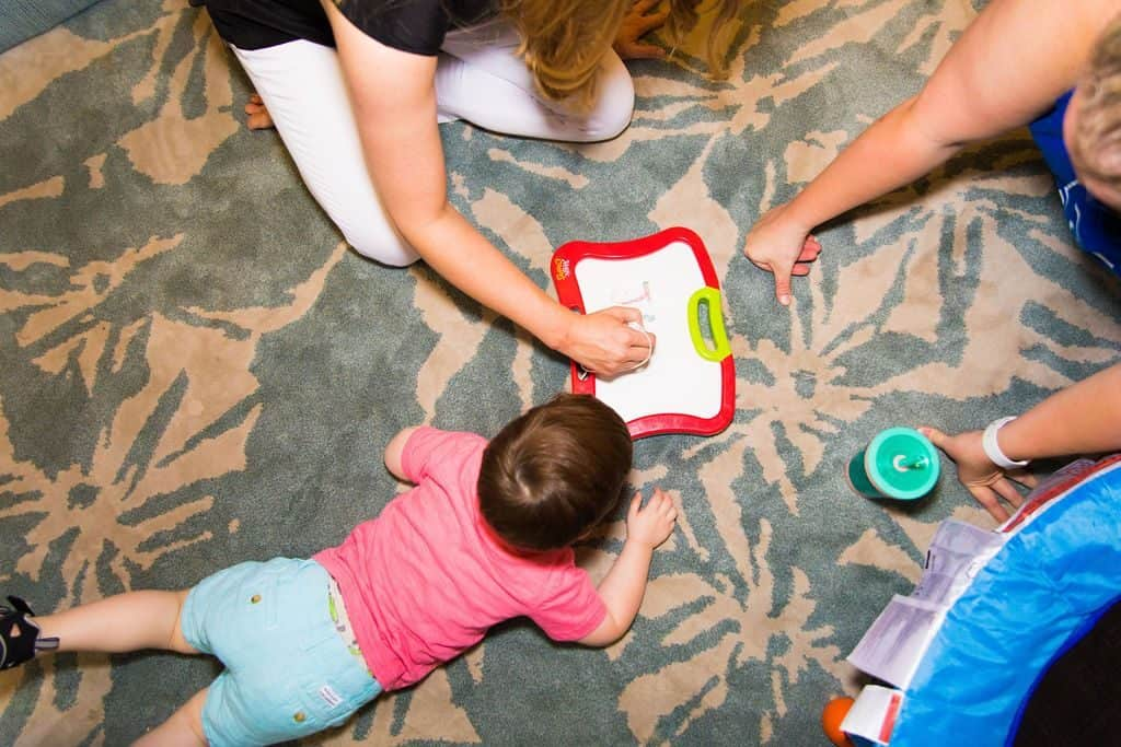 playing-with-your-child-helps-with-speech-milestones