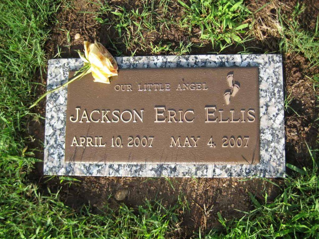 Jackson-Eric-Ellis-Headstone