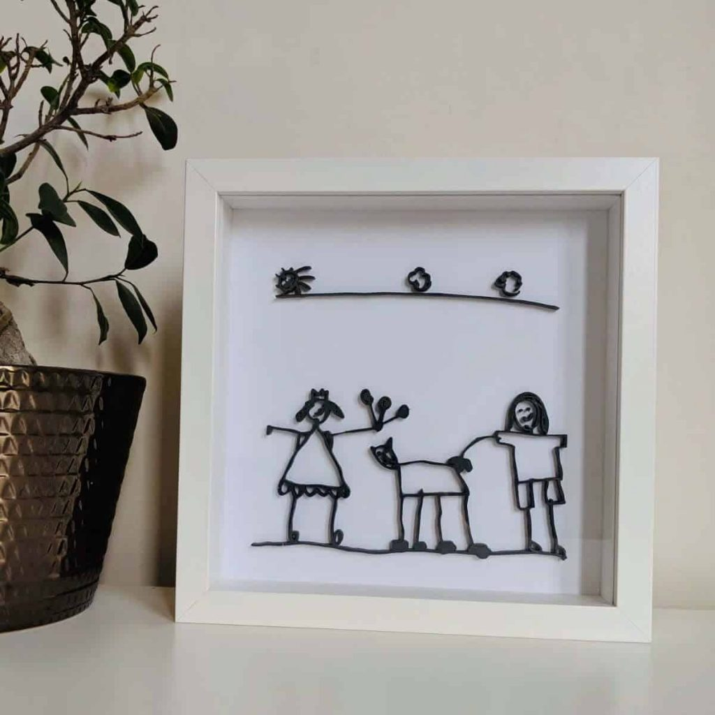 framed-photo-of-childrens-art