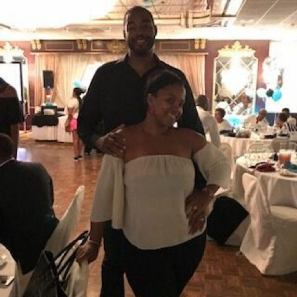 photo of Aisha and her husband